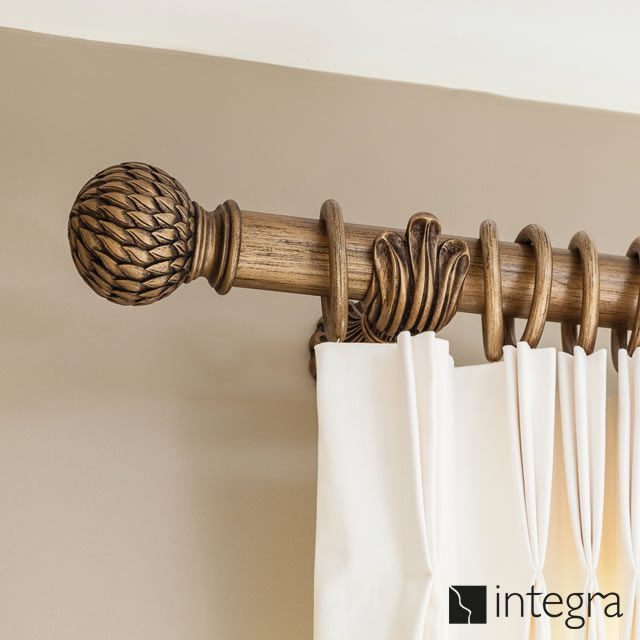 Integra Wooden curtain pole