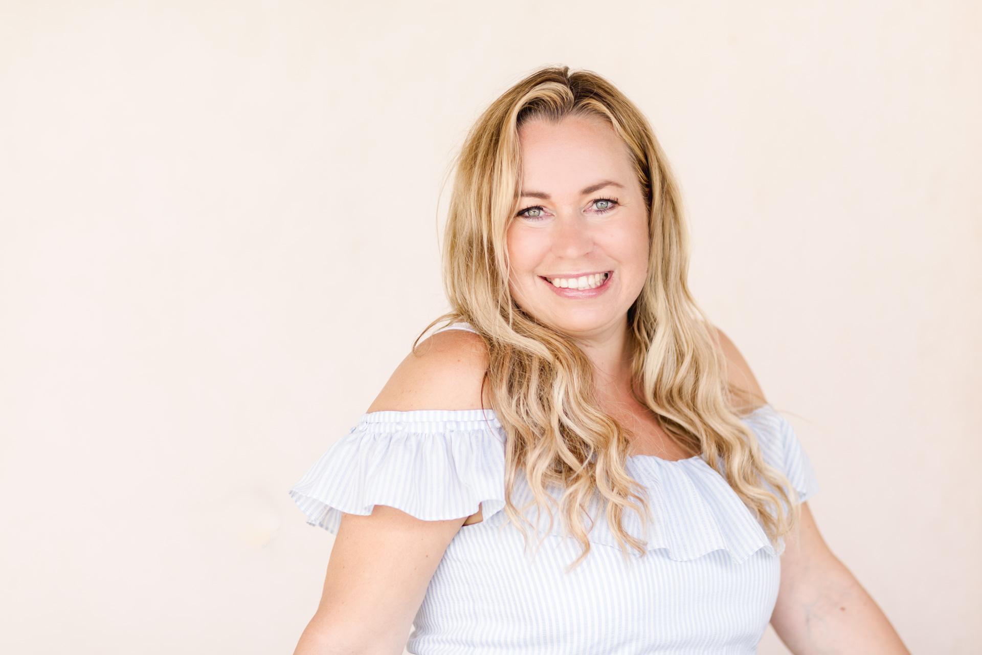 A branding photo of brand expert Malin Hammar-Blomwall