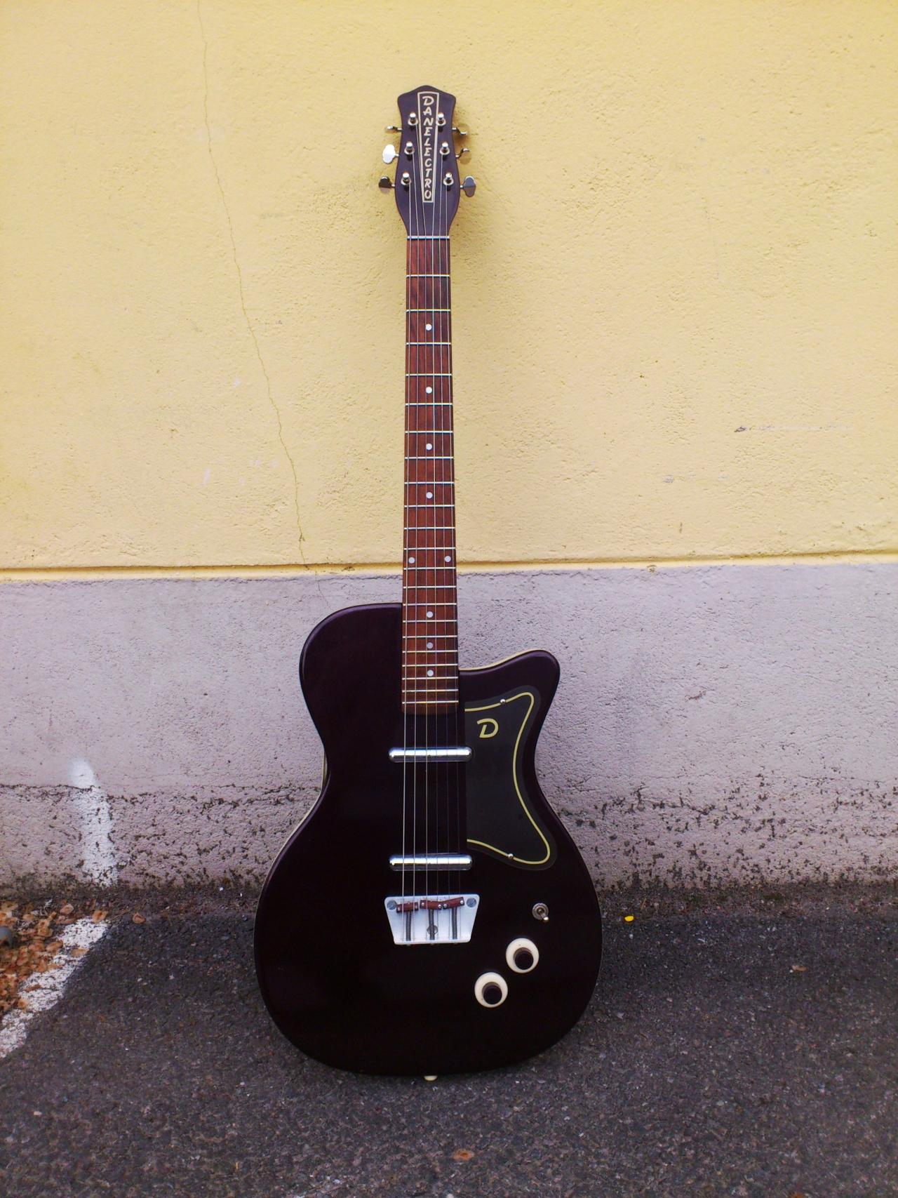 Danelectro U2-56