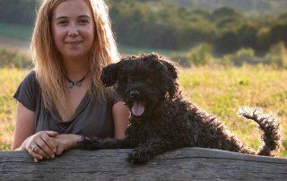 Tamara Lex mit ihrem Hund