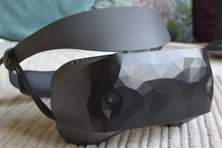 Asus Windows Mixed Reality Headset review lead image 1
