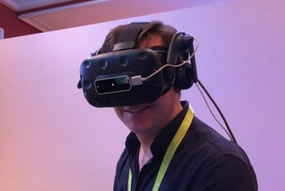 Leap Motion VR Adapter image 1