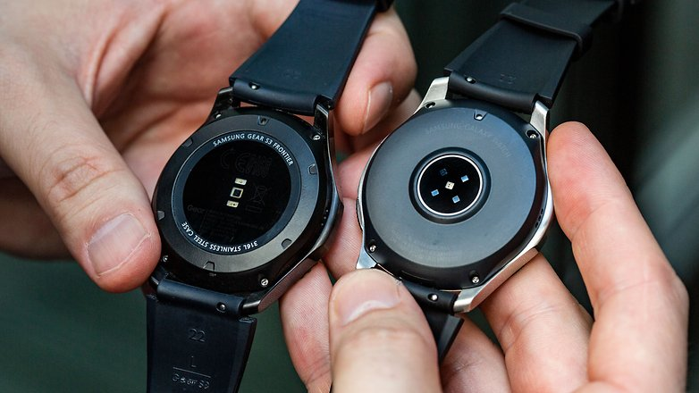 AndroidPIT samsung galaxy watch 46 gear s3 back