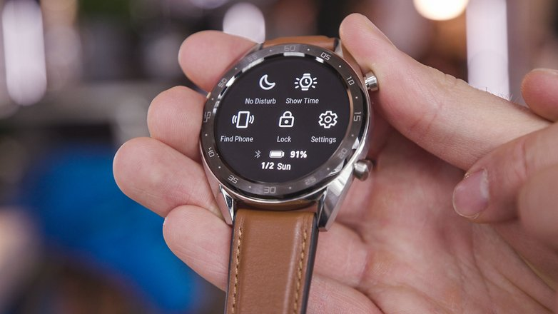 AndroidPIT huawei watch rs features