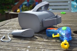 Oculus Go Review in the sun image 4