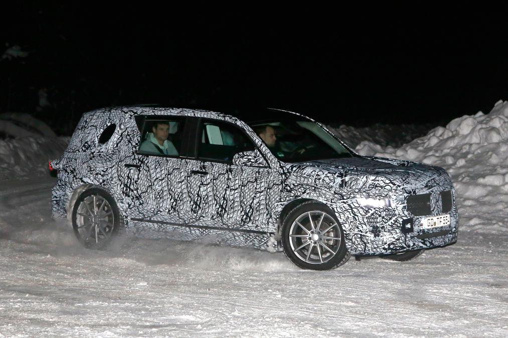 New Mercedes GLB - front quarter
