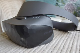 Asus Windows Mixed Reality Headset review image 4