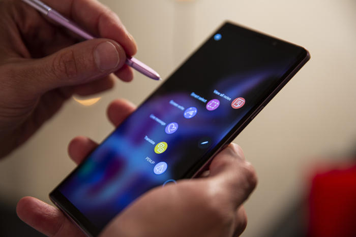 galaxy note 9 air command