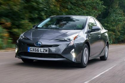 Used Toyota Prius - front action