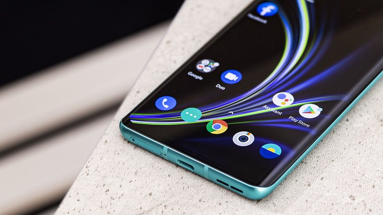 AndroidPIT oneplus 8 ports cs2