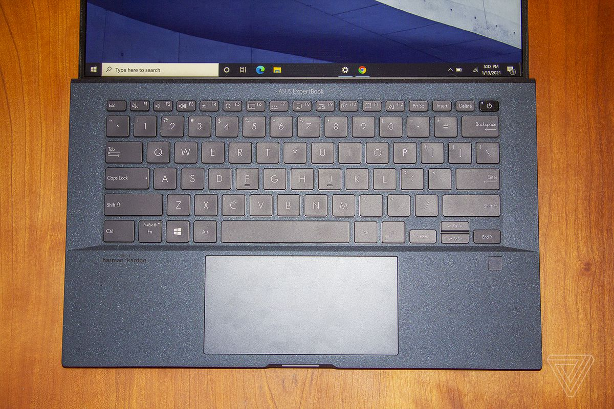 The Asus ExpertBook B9450 keyboard seen from above.