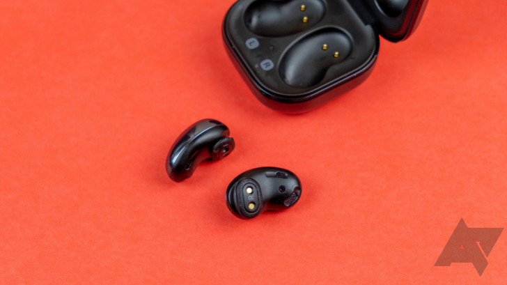 Pick up a refurbished pair of Galaxy Buds Live for just $85 ($85 off)