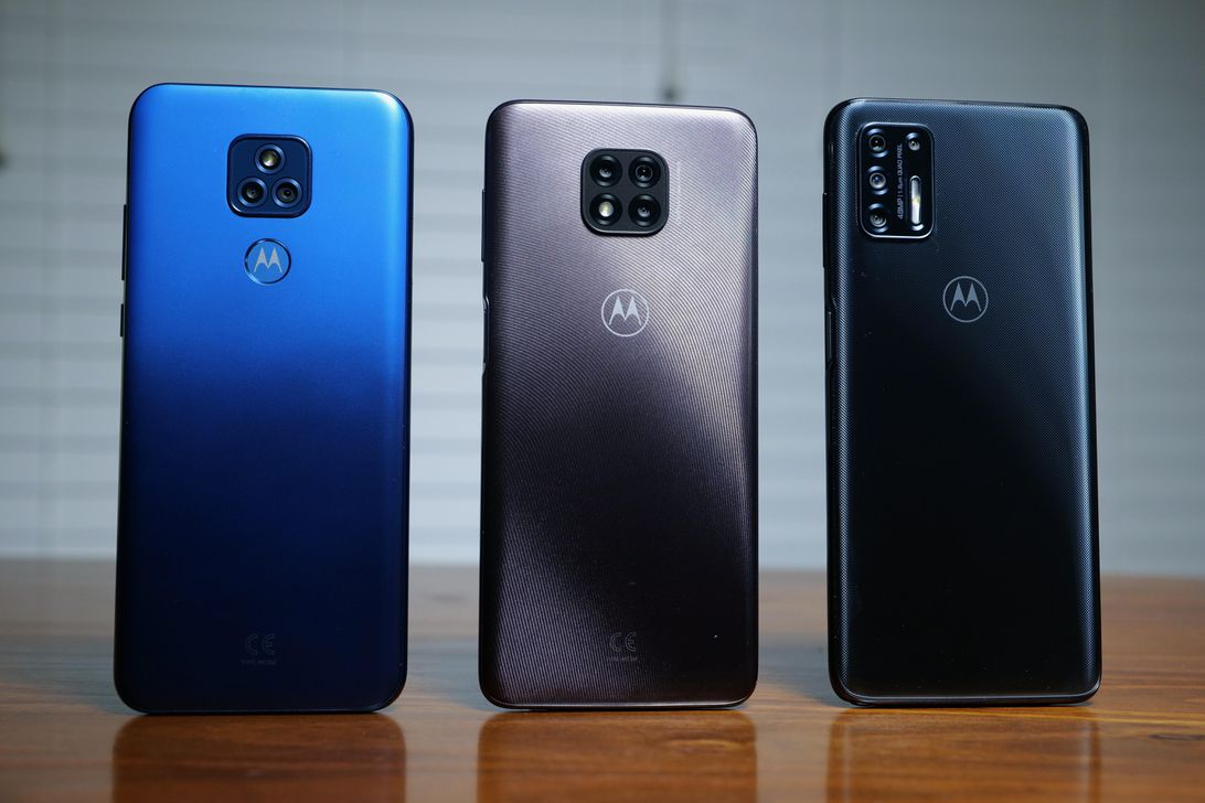 moto-g-play-left-g-power-middle-g-stylus-right