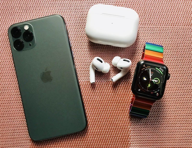 Midnight Green iPhone 11 Pro, AirPods Pro, and Apple Watch Series 5 Edition Space Black Titanium with JUUK Rainbow Ligero Band