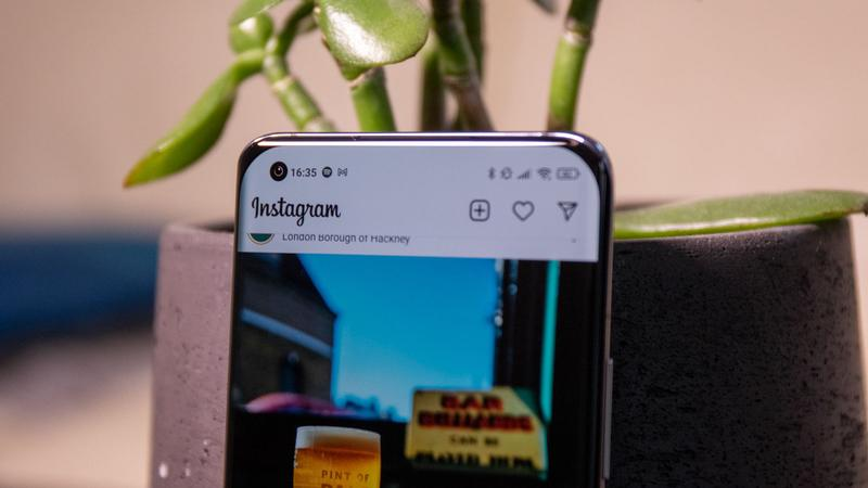 Xiaomi Mi 11 selfie camera
