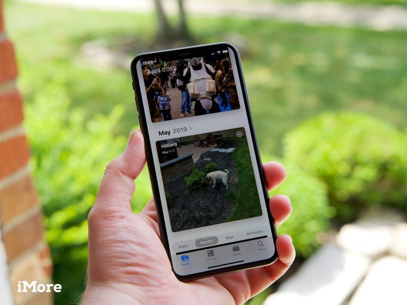 Photos in iOS 13 on an iPhone XS Max