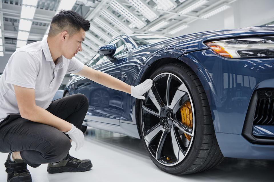 Car production at the Polestar Chengdu plant in China