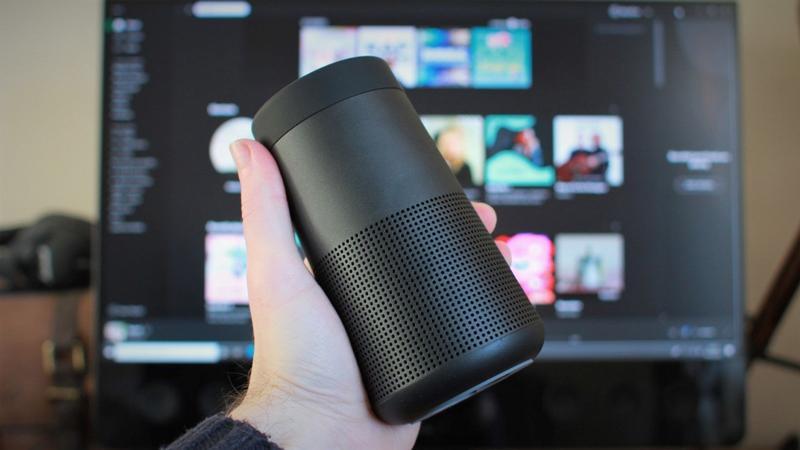 Bose SoundLink Revolve II size