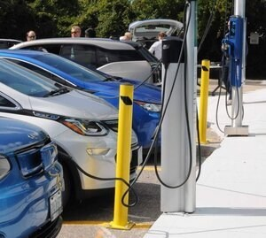Clean Cars 2030 (HB 1204) sets the first 2030 gas car phaseout target in the country. Today's milestone vote in the House Transportation Committee brings Washington State one step closer to ending the use of gasoline.