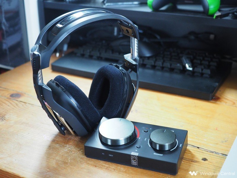 Astro A40 TR with MixAmp (2019)