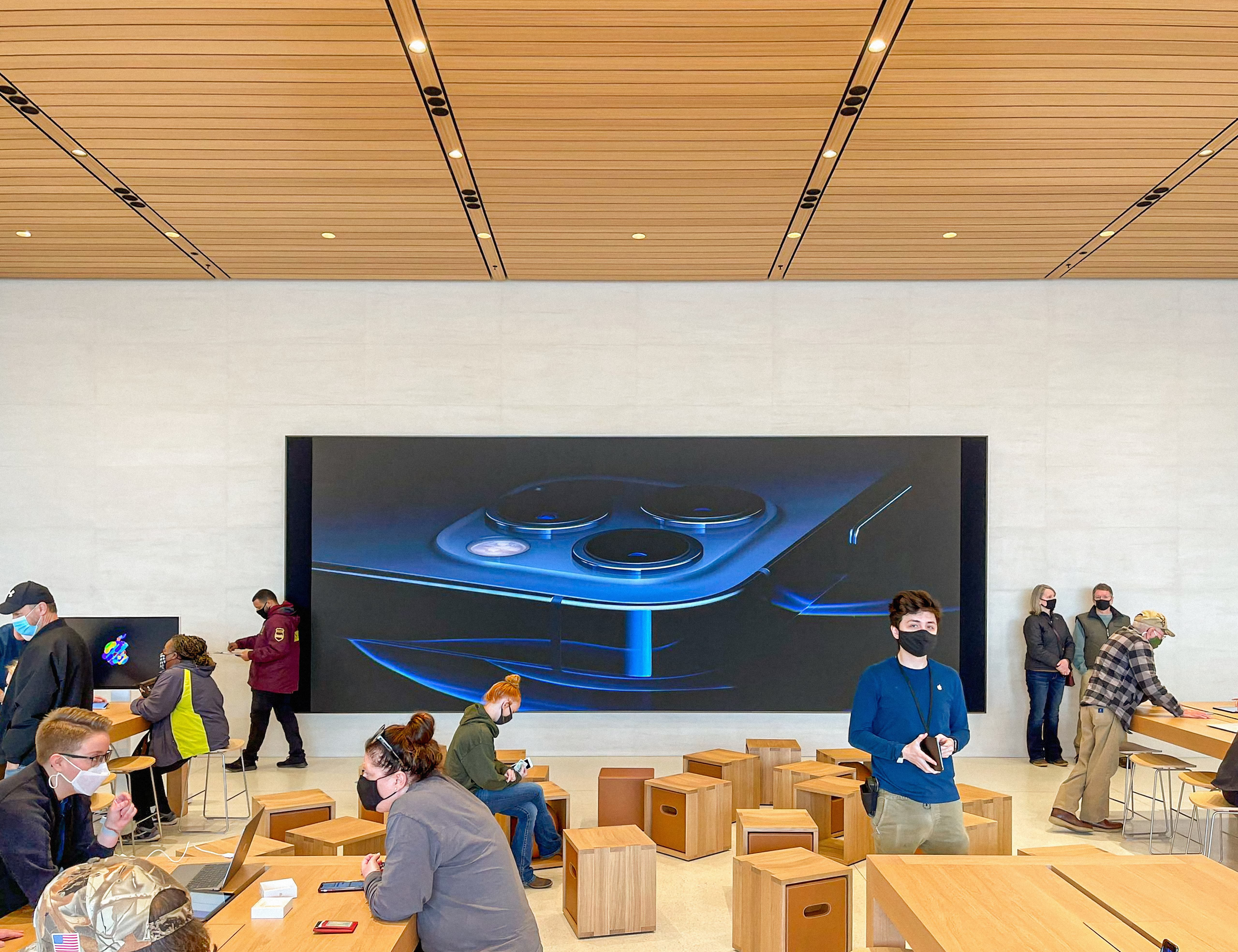 The Video Wall and Forum at Apple Fritz Farm.
