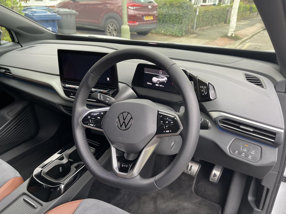 VW ID.4 controls