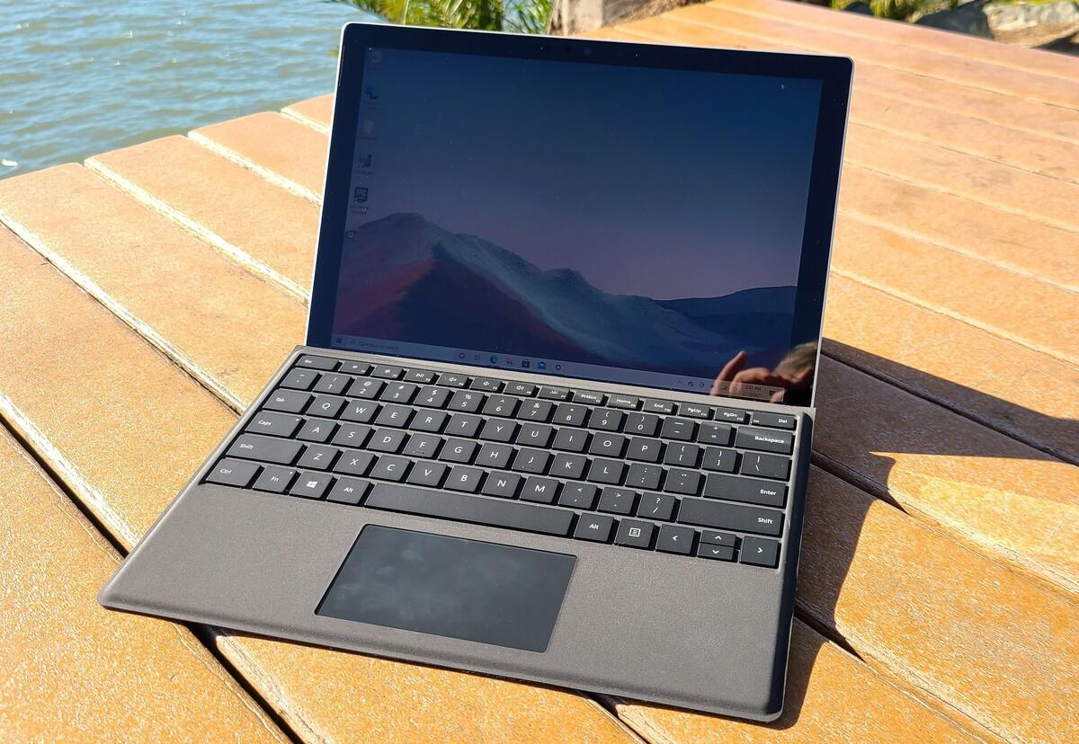 Microsoft surface pro 7+ alt primary full sun
