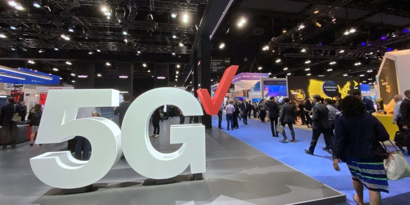 Verizon shows off its 5G network in Los Angeles, California at Mobile World Congress L.A.