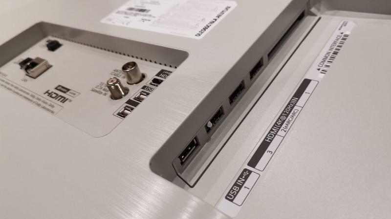 LG C1 OLED (2021) ports