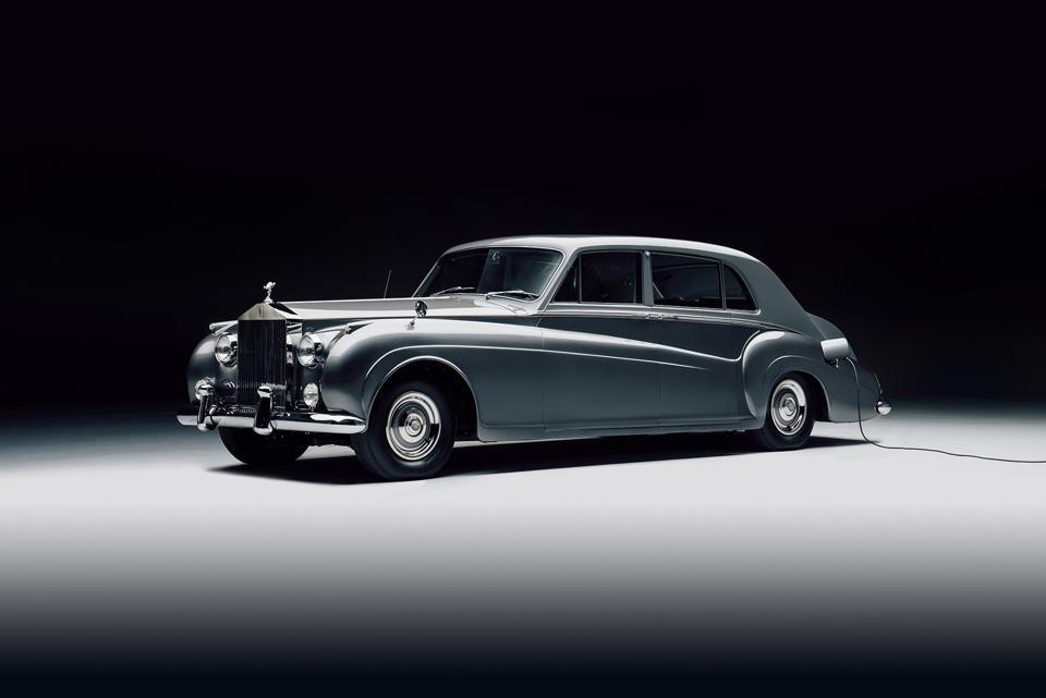 Lunaz Rolls Royce Phantom EV conversion