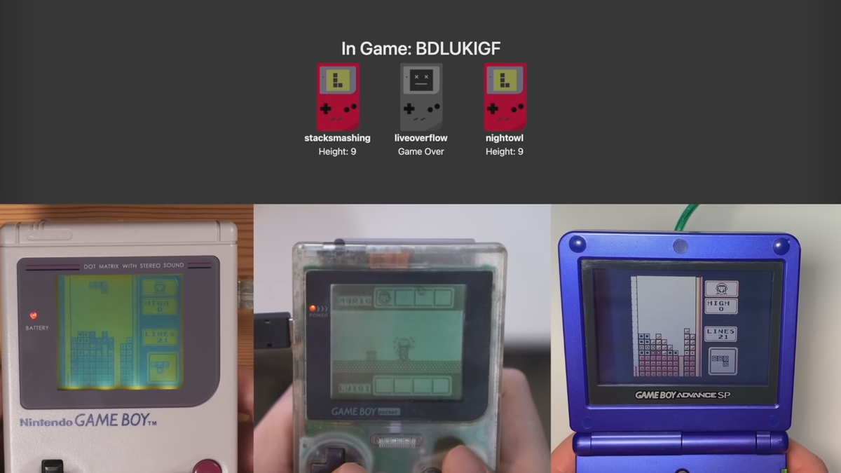 Three Game Boys playing an online multiplayer game of 'Tetris' via a cool mod