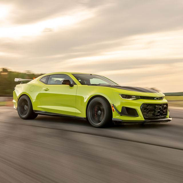 land vehicle, vehicle, car, automotive design, performance car, yellow, muscle car, shelby mustang, sports car, rim,