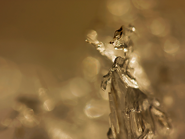 The golden ice witch