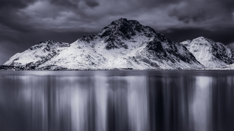 Nappstind-Napp-Lofoten_20141221-_MG_2223-Edit-2