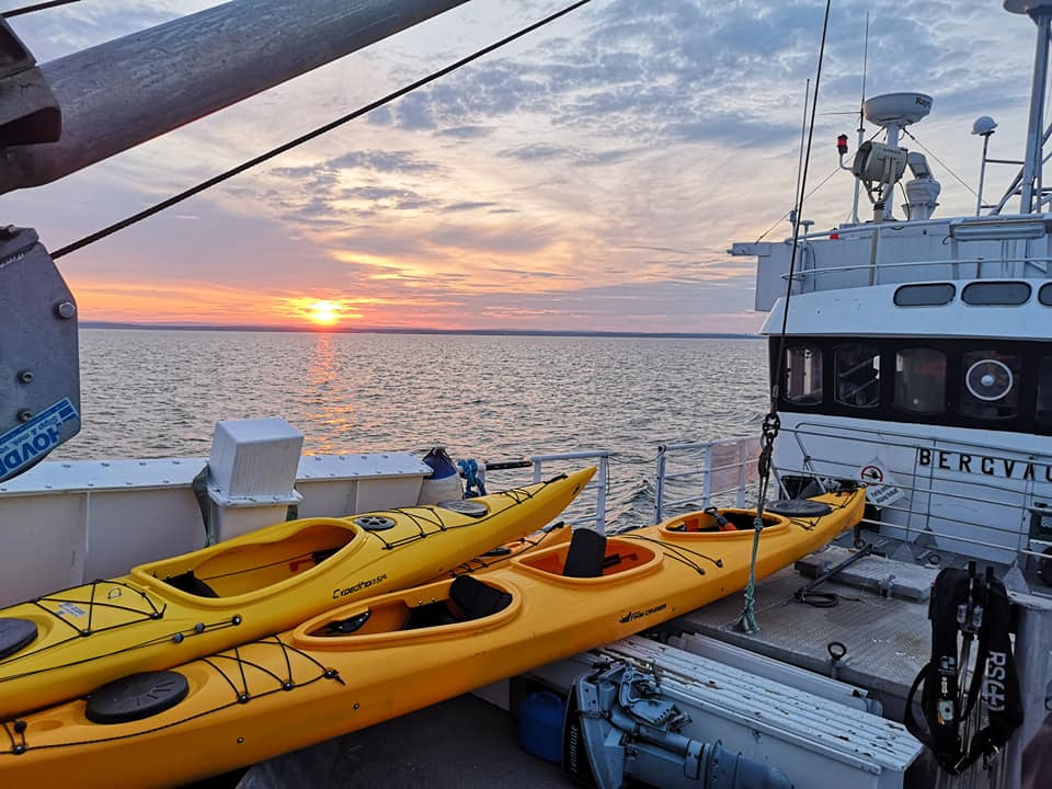 Båter i solnedgang
