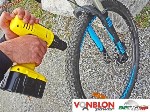 Schraubspike Fahrrad montieren-min