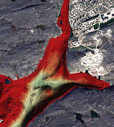 Opmålinger i strædet Ikerasannguaq tæt ved Aasiaat. Rød farve betyder lave dybder, og grøn dybere vand – relativt set. Det smalle stræde kan kun besejles med jolle og er kun ca. 1 m dyb ved mundingen i nord (opmåling: Aqqaluk Sørensen. Fra Pinngortitaleriffiks Facebookside).
