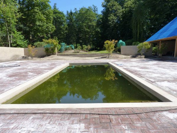 Wanden poolhouse oostkamp 2