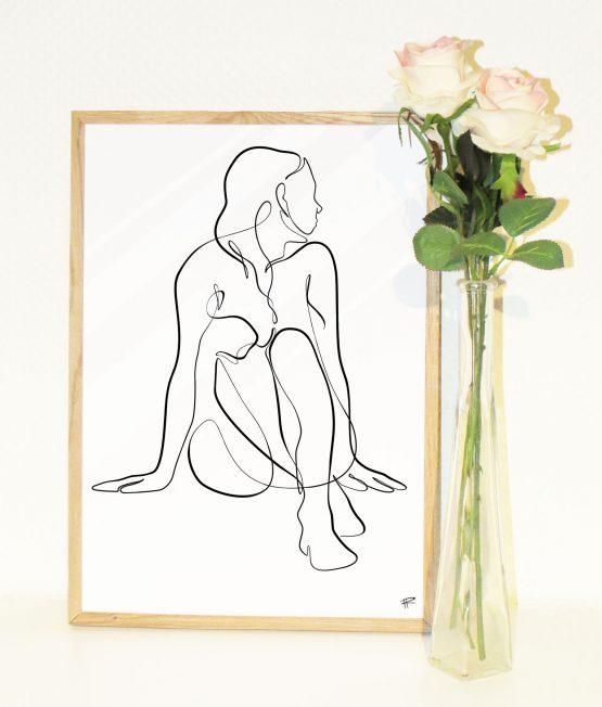 Minimalistisk siddende kvinde 2