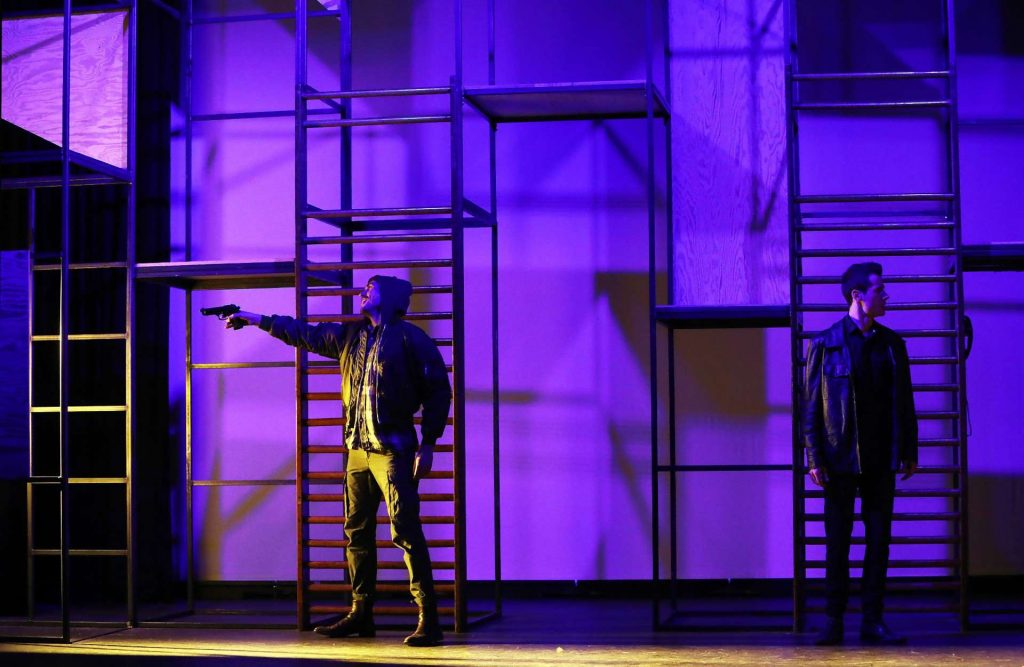 Blood Brothers - InTeam - Picture 06
