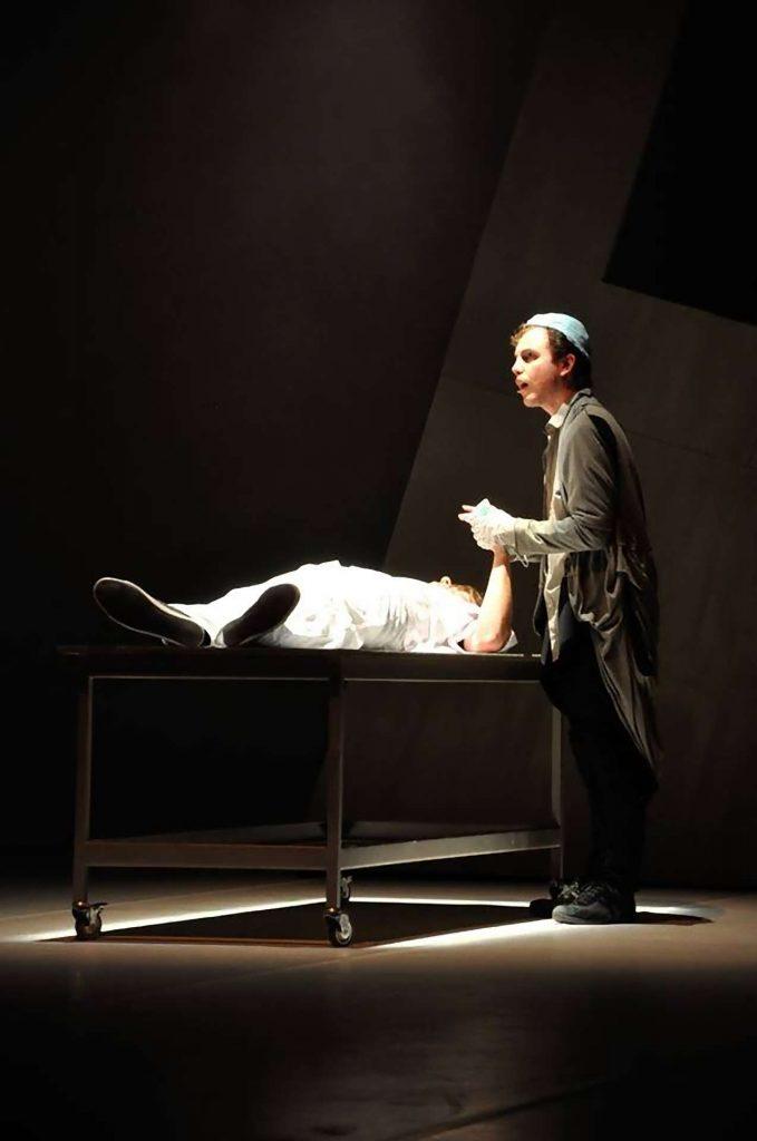 Jekyll and Hyde Bohemian Productions Kostuumontwerp Decorontwerp Sceneshot 05 1