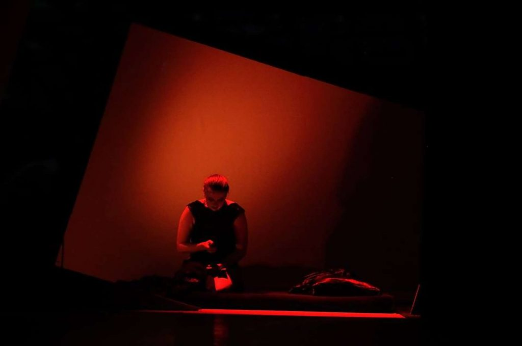 Jekyll and Hyde Bohemian Productions Kostuumontwerp Decorontwerp Sceneshot 35 1