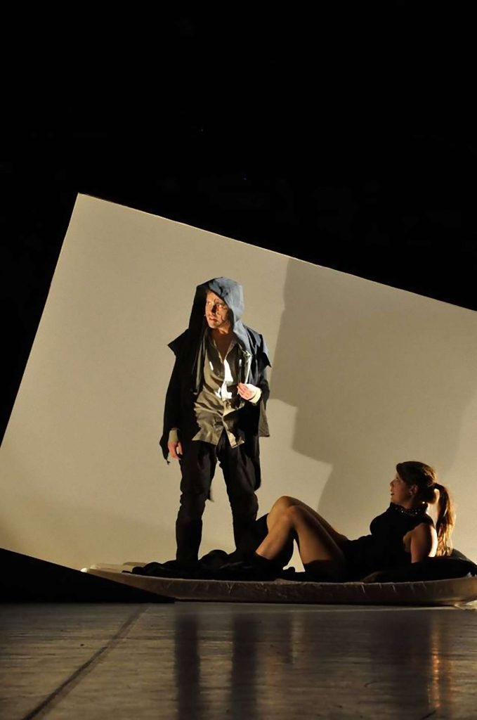 Jekyll and Hyde Bohemian Productions Kostuumontwerp Decorontwerp Sceneshot 39 1