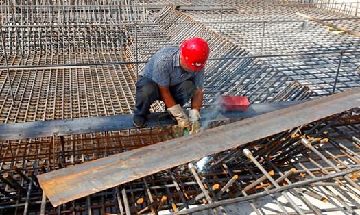 Costruzioni, Sindacati: 'con la crisi è boom di lavoro nero'