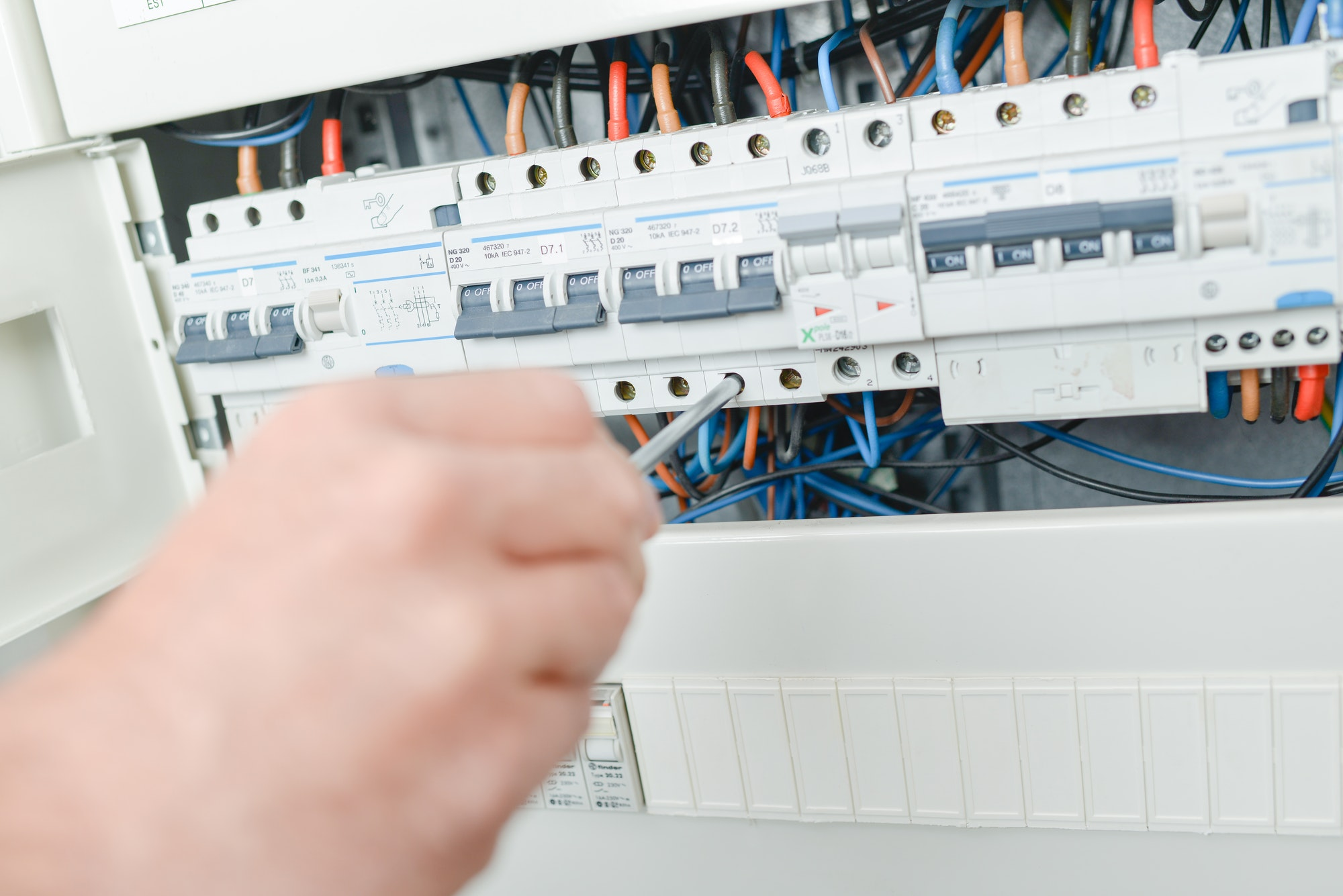 Hvad koster en ny el-tavle? flytning af eltavle?