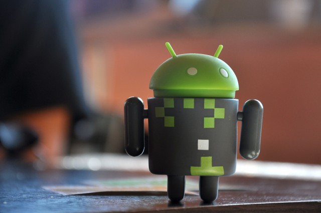 technology_android-robot-apps_240K[1]