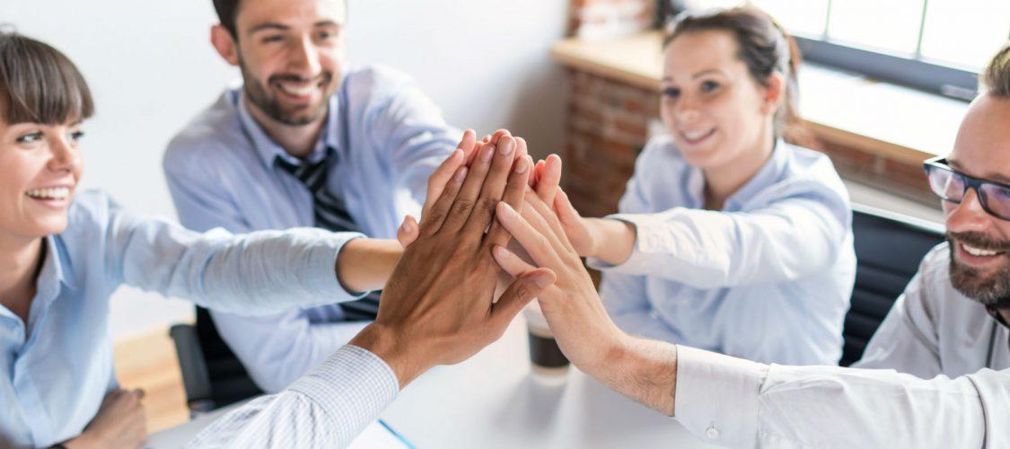Glada medarbetare med Proaktify