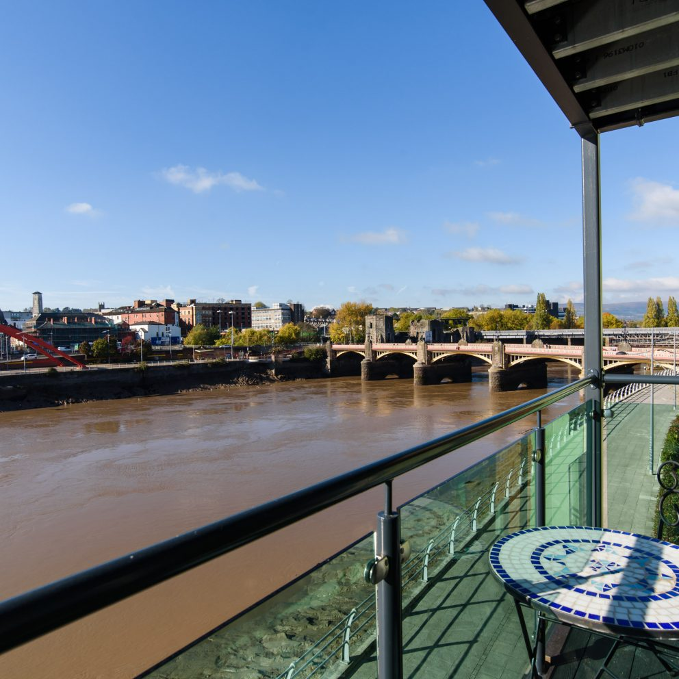 Newport river usk