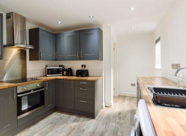 caerau gardens kitchen
