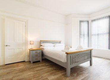 caerau gardens bedroom